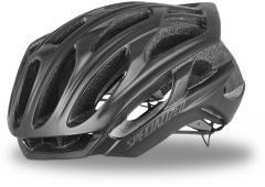 Helme / Kopfbedeckung